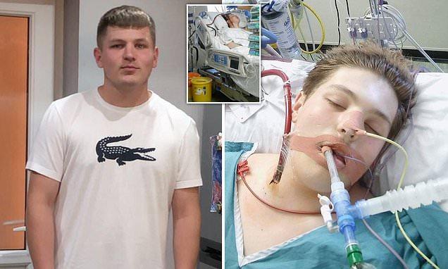 Vaper, 16, suffers life-threatening lung inflammation