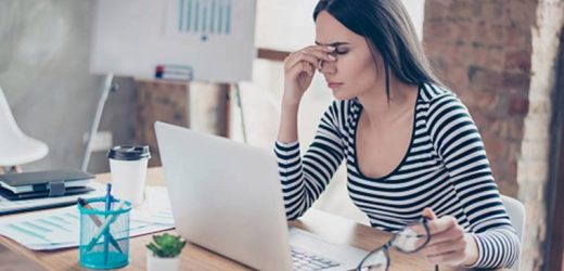 Tips to prevent eye irritation while working on your laptop