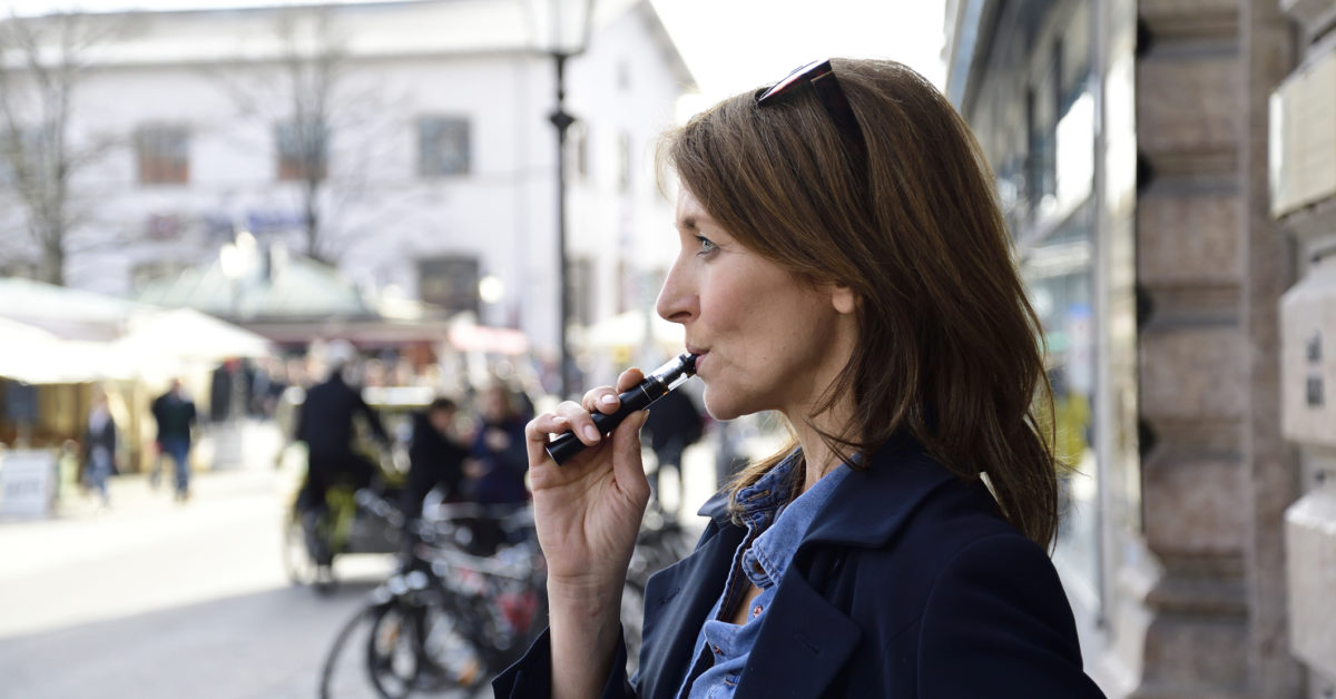 Stroke risk higher for COVID-19 patients who smoke or vape