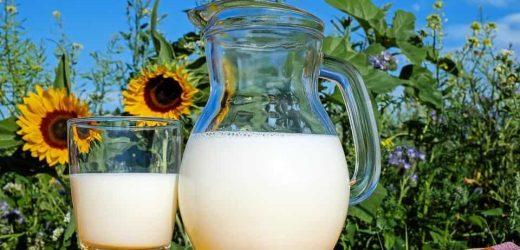 Coronavirus: China millennials drink milk to boost immunity