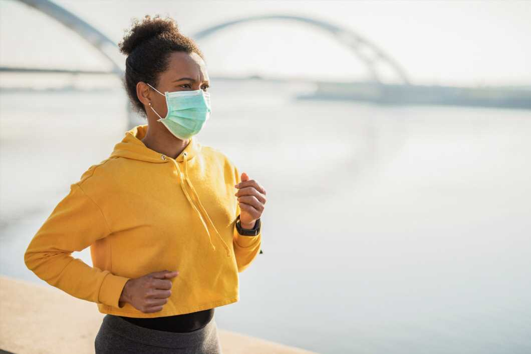 Is it safe to wear a coronavirus face mask while exercising?