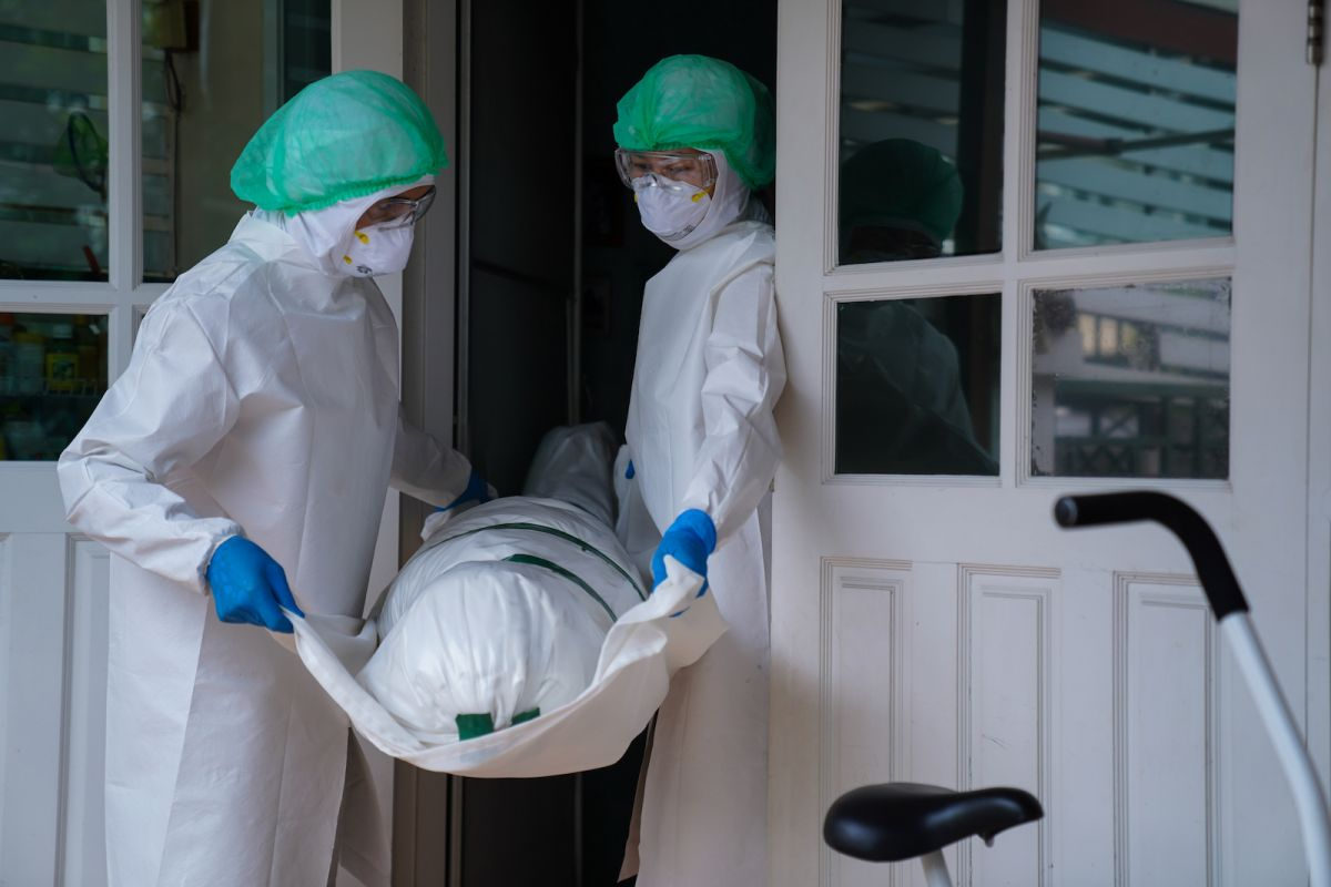Pandemic will cause 400,000 extra deaths in the US this year, study suggests