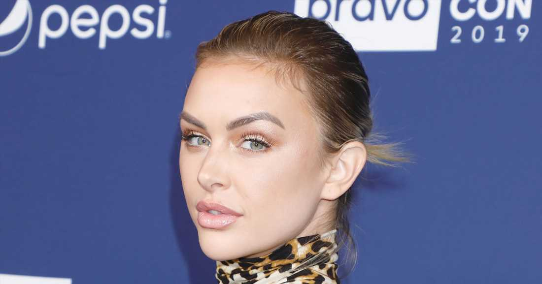 Pregnant Lala Kent Shares Topless Bump Photo as She Enters 3rd Trimester