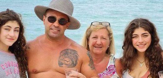 Joe Giudice Reunites With His 4 Daughters in the Bahamas