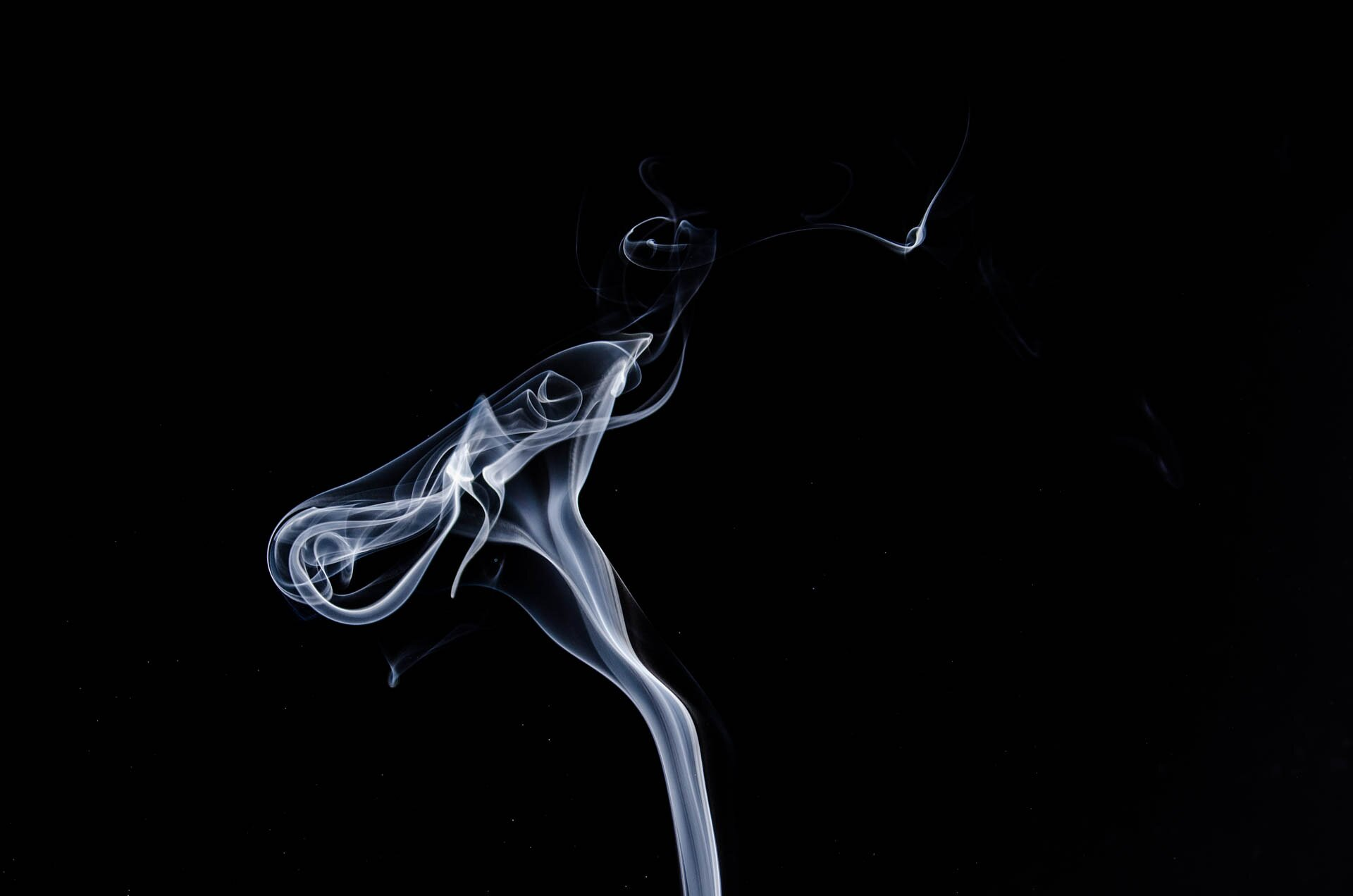 Greater tobacco use linked to higher levels of inflammation in HIV-positive people
