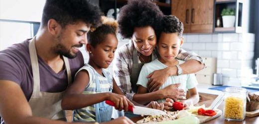 Here's Why Family Meals Are So Good For Your Health