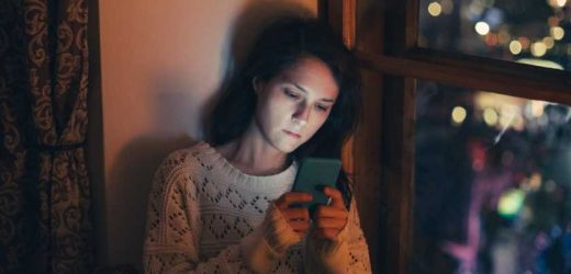 We asked an expert to explain what causes Sunday night anxiety