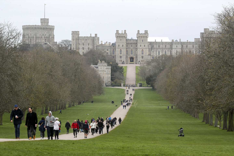 UK eases lockdown but nervously eyes European virus surge