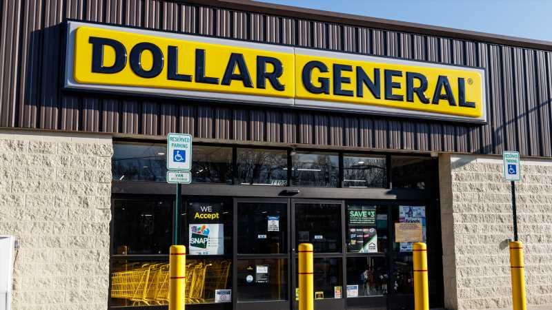 The Real Reason You Shouldn't Buy Tools At Dollar General
