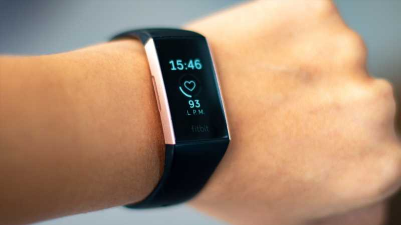 How Fitness Trackers Can Aid In The Treatment And Study Of Covid-19