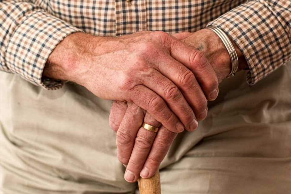 Virtual contact in pandemic prompts misery in people over 60