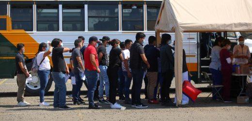 Hundreds of migrants vaccinated against coronavirus in U.S.-Mexico border city